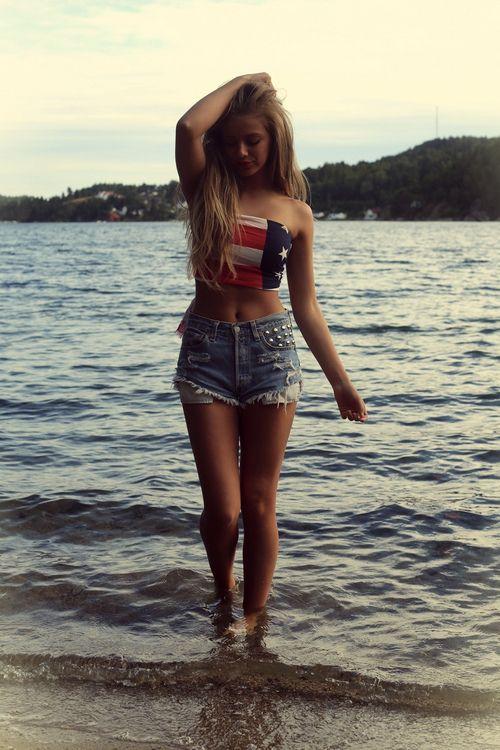 Girl thick teen Teen walking
