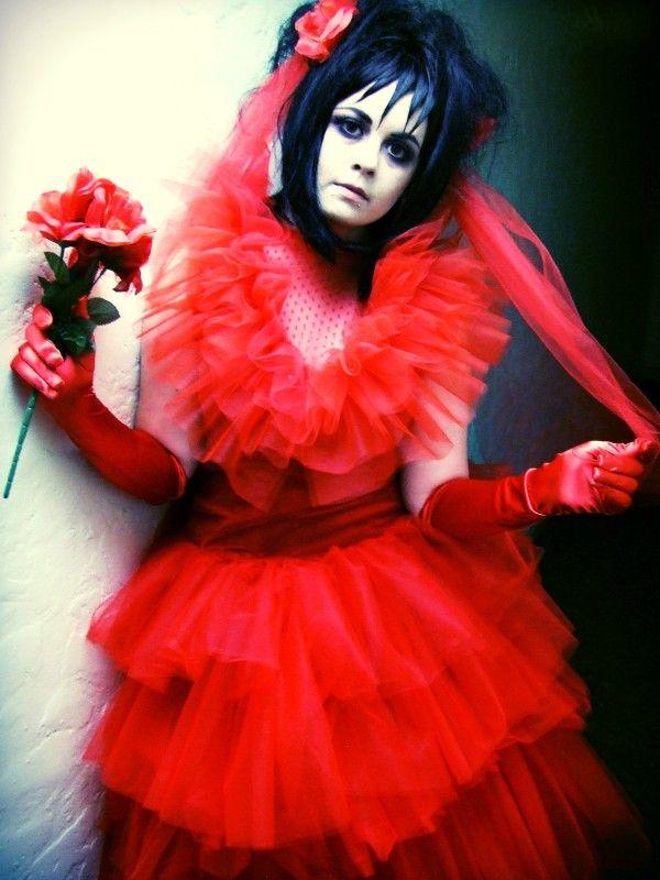 Lydia wedding dress beetlejuice costumes