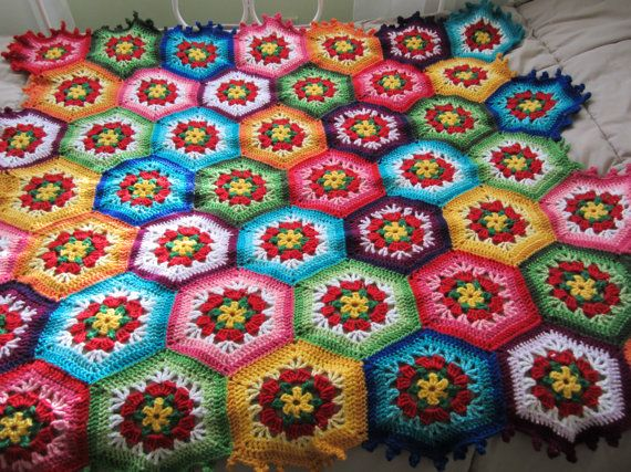 This is traditional Granny Square blanket.It is crocheted from beautiful colored acrylic yarn.The colors are used random.There is 46 different squares. This baby blanket I made with all my love.It is very cute,soft and warm.It is perfect decoration for your baby crib. Wash by hands or in a washing machine-hand imitating program and flat dry. Size:48-36 or 122/92 cm. .It is made to order.Please allow 14 business day for my work ,before shipping.