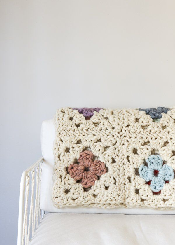 Granny Square Blanket in Gentle Giant | Purl Soho | Tejer: Ganchillo ...