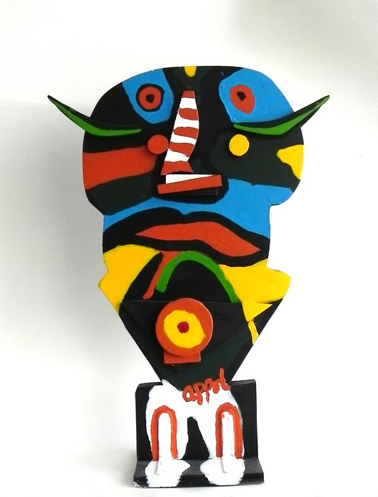 Karel Appel - 'Oiseau de nuit' (Nightbird) - acryl on wooden sculpture - ed. 25 - with certificate of authenticity signed by Appel.
