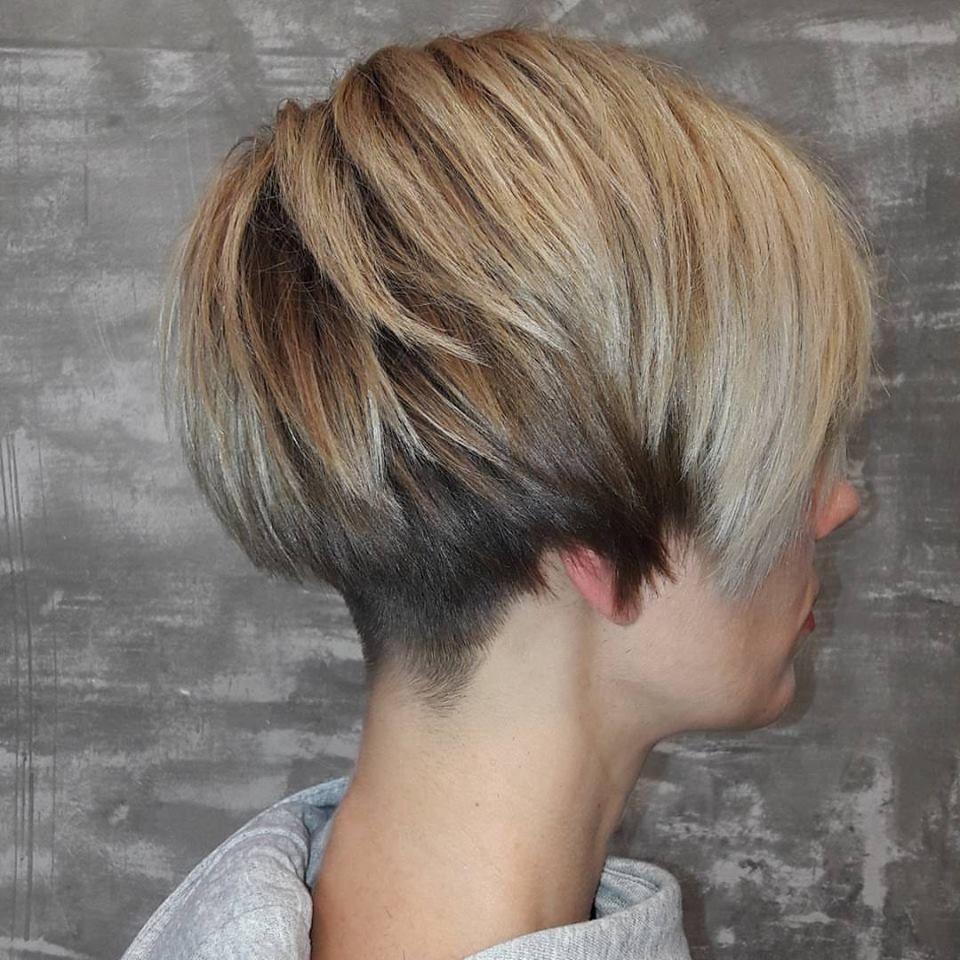 Non classé Coupe de cheveux courte, Coiffure et Cheveux