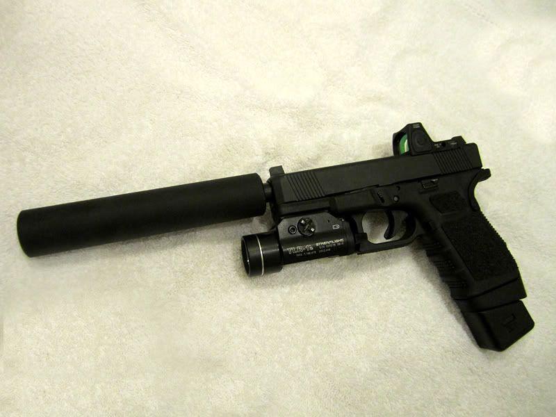 Glock 19, AAC suppressor--- optics are no good for a pistol