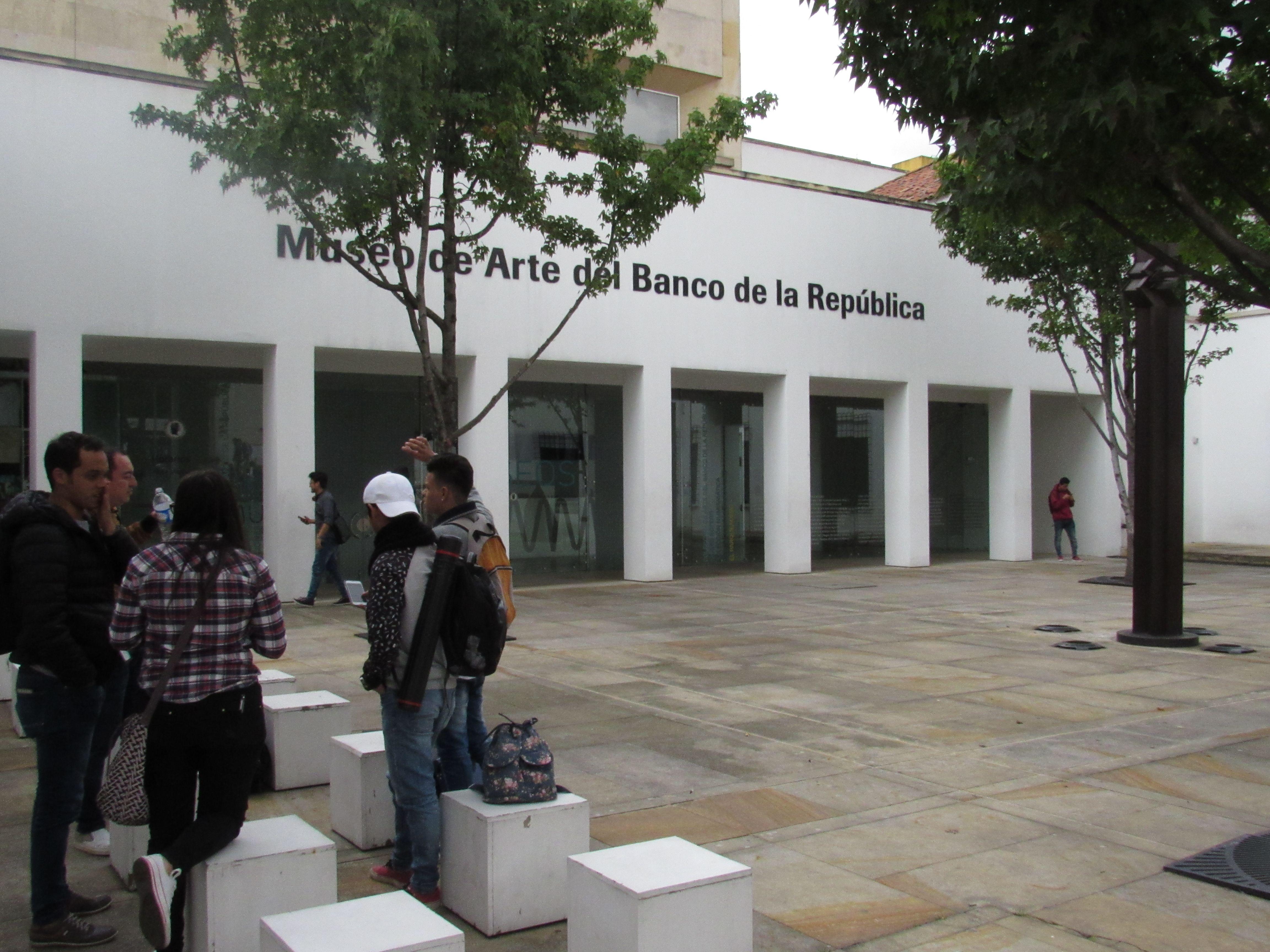 foto tomada en el museo de arte del banco de la recpublica por Dario Wilches