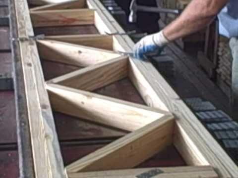 Assembling Floor Truss Roof Truss Design Wood Truss Roof Trusses