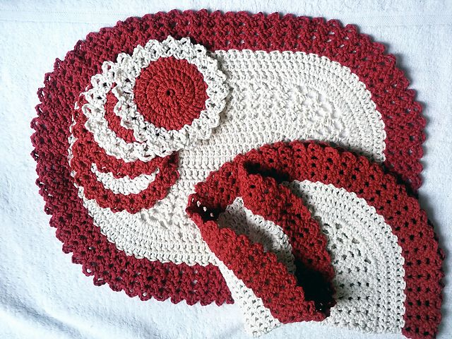 http://www.redheart.com/free-patterns/oval-placemat-coaster ...