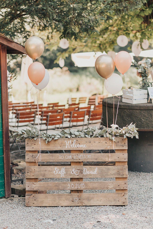 Hochzeit Jana Stening Hochzeitsfotograf Koln Hochzeitsfotograf Nrw Wedding Photography Wedding Deco Ballons Hochzeit Hochzeitsballons Hochzeit Eingang