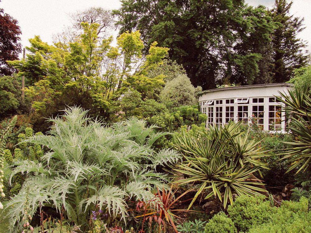 A Look at John Brookes' Denmans Garden | British garden ...