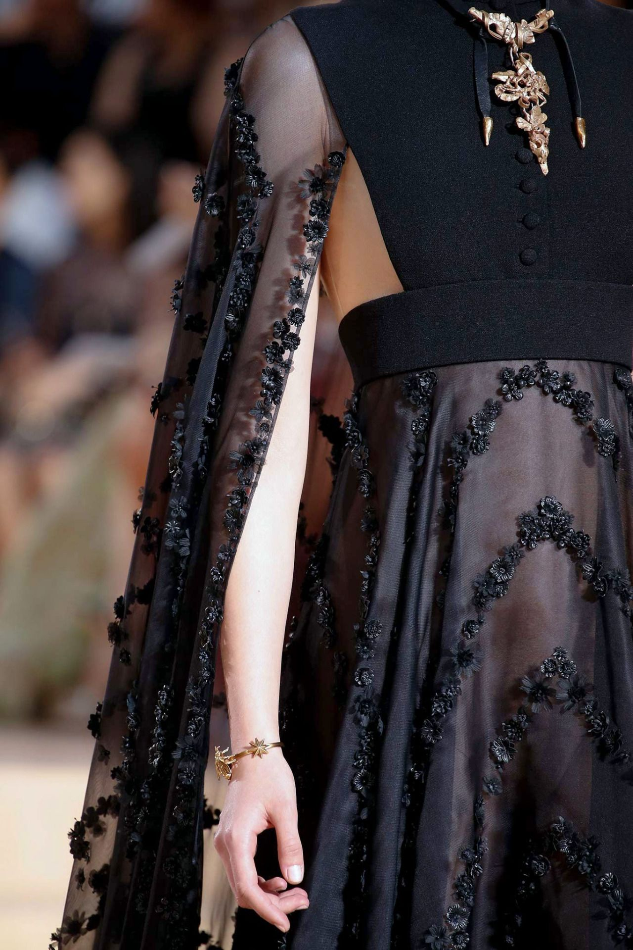 """dress-this-way: """" Valentino Haute Couture F/W 2015-16 """""""