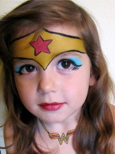 maquillage enfant wonder woman maquillage centre pinterest maquillage enfant maquillage. Black Bedroom Furniture Sets. Home Design Ideas