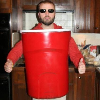 i have a buddy who should wear this next year lol red solo cup halloween costume buy a 30 gallon rubbermade garbage red and white plastic paint