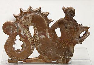 Scilla, placca di terracotta, Melos, 460- 450 a. C.