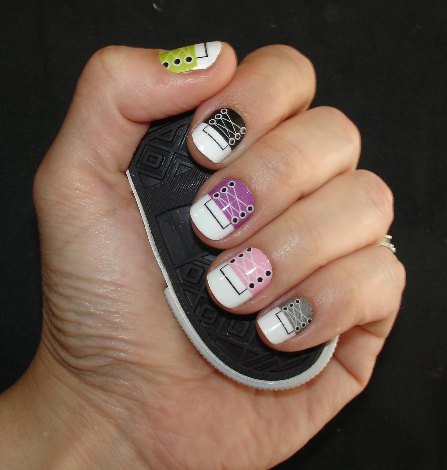 Nail Art Couture Converse Nail Art: Converse Sneakers Nail Art Vinyl Wraps Shilds From