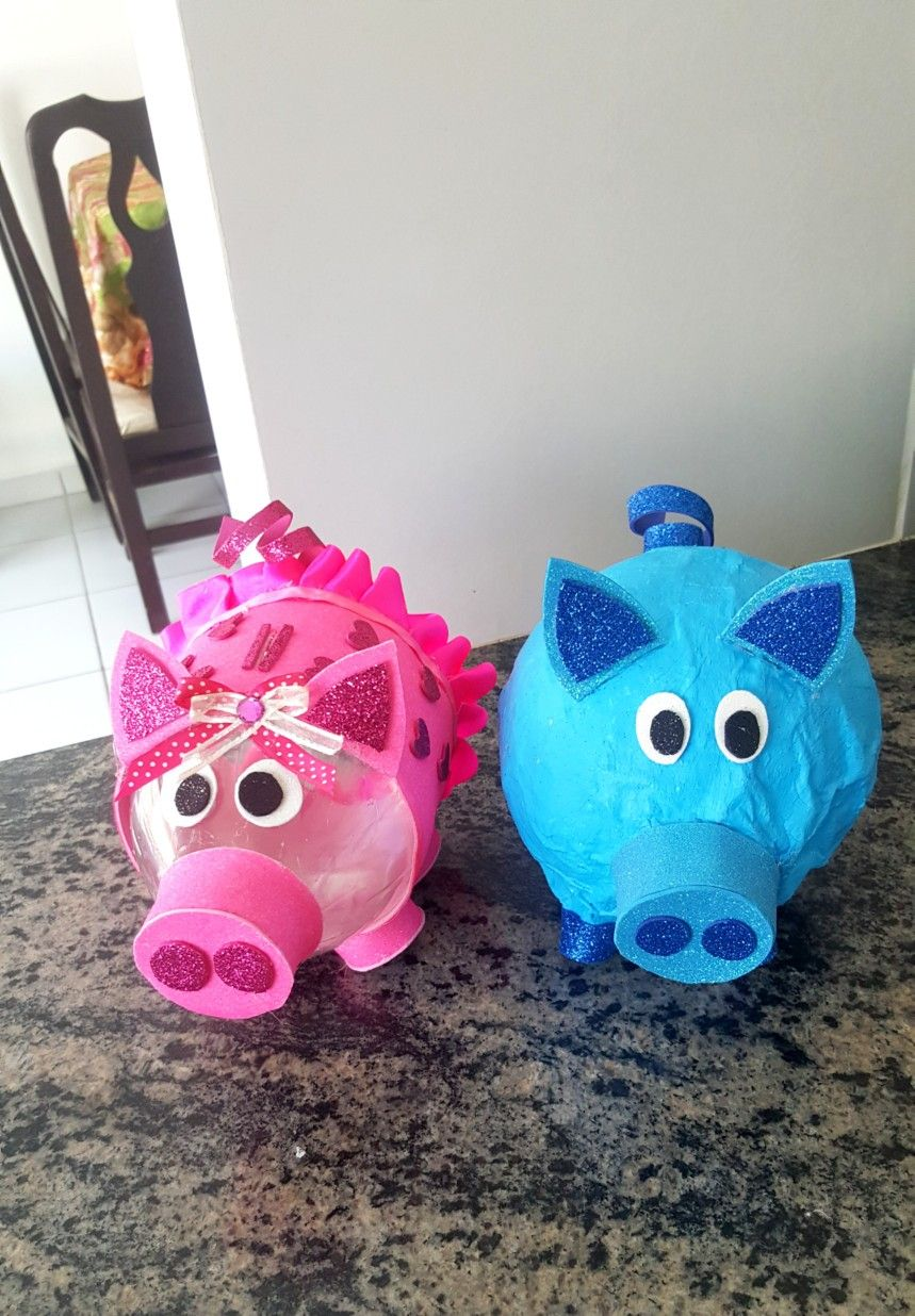 Pin By Tatiana Melgar On Alcancia De Botella De Plástico Piggy Bank Piggy Character