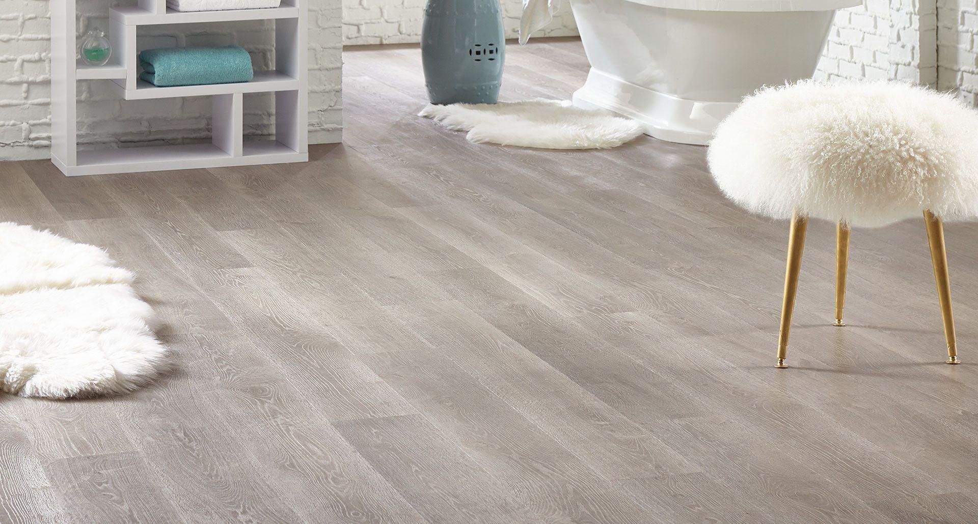 Cayman Oak PERGO® TimberCraft WetProtect Laminate Flooring
