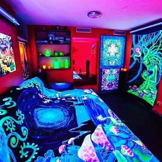 Bedroom Art Light: Black Light Hippie Psychedelic Bedroom