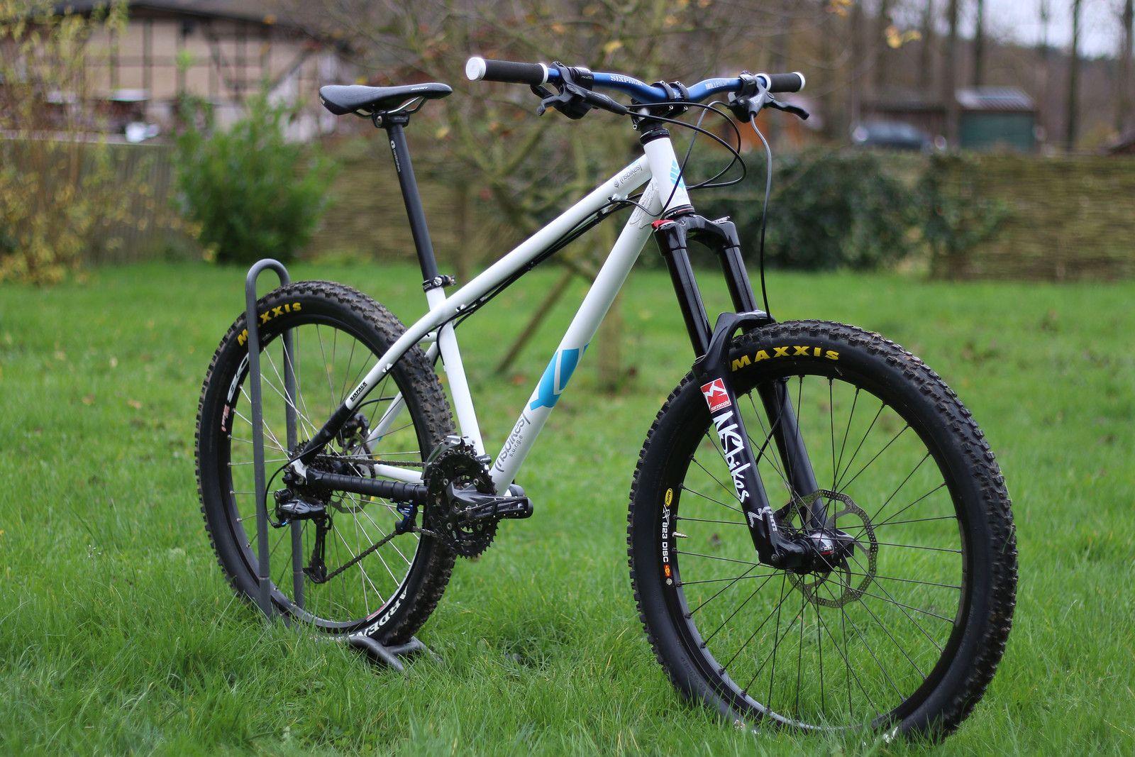 ns bikes surge hardtail enduro b for bikeology fahrrad sportger te und mtb. Black Bedroom Furniture Sets. Home Design Ideas