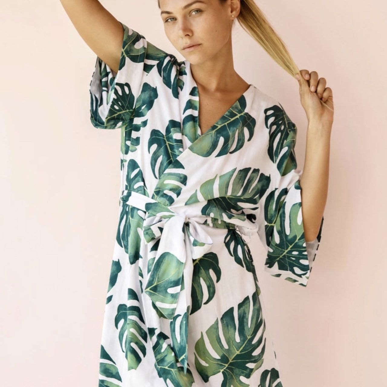 Botanical, tropical palm print robe. Light weight fabric