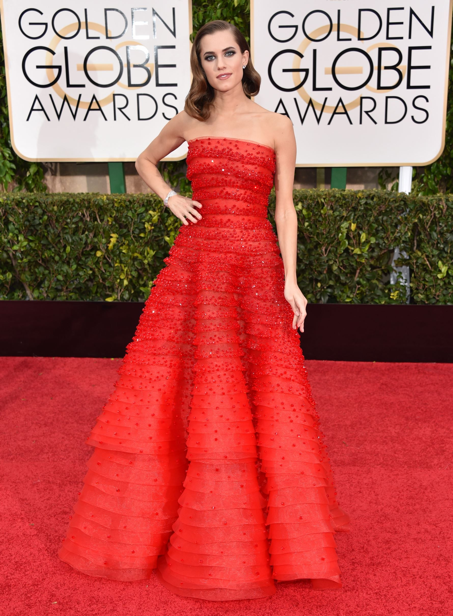 Allison williams wedding dress   Golden Globe Awards  Golden globe award Globe awards and