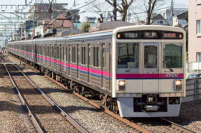 Keio Line Model 7000 京王線を走る現役の車両 では最も古い7000系 1984年にデビューし 1996年までに190両が製造された 2001年から7000系の全車両を対象に リニューアル工事が行われ 省エネルギー化 バリアフリー化などが図られている 私鉄