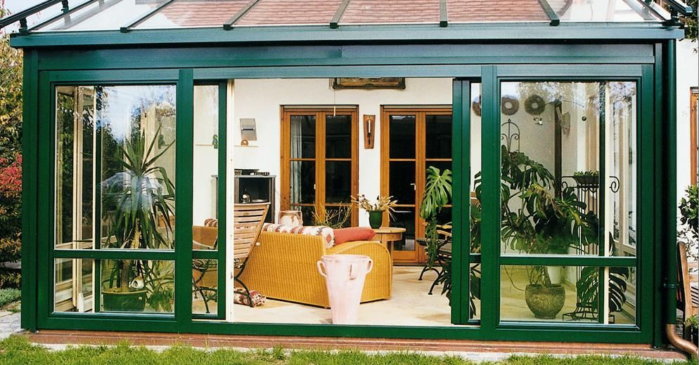 Exceptionnel Fresh Small Sunroom Porch With Barn Outdoor Living Room Mixed Green And  White Exterior Sliding Doors