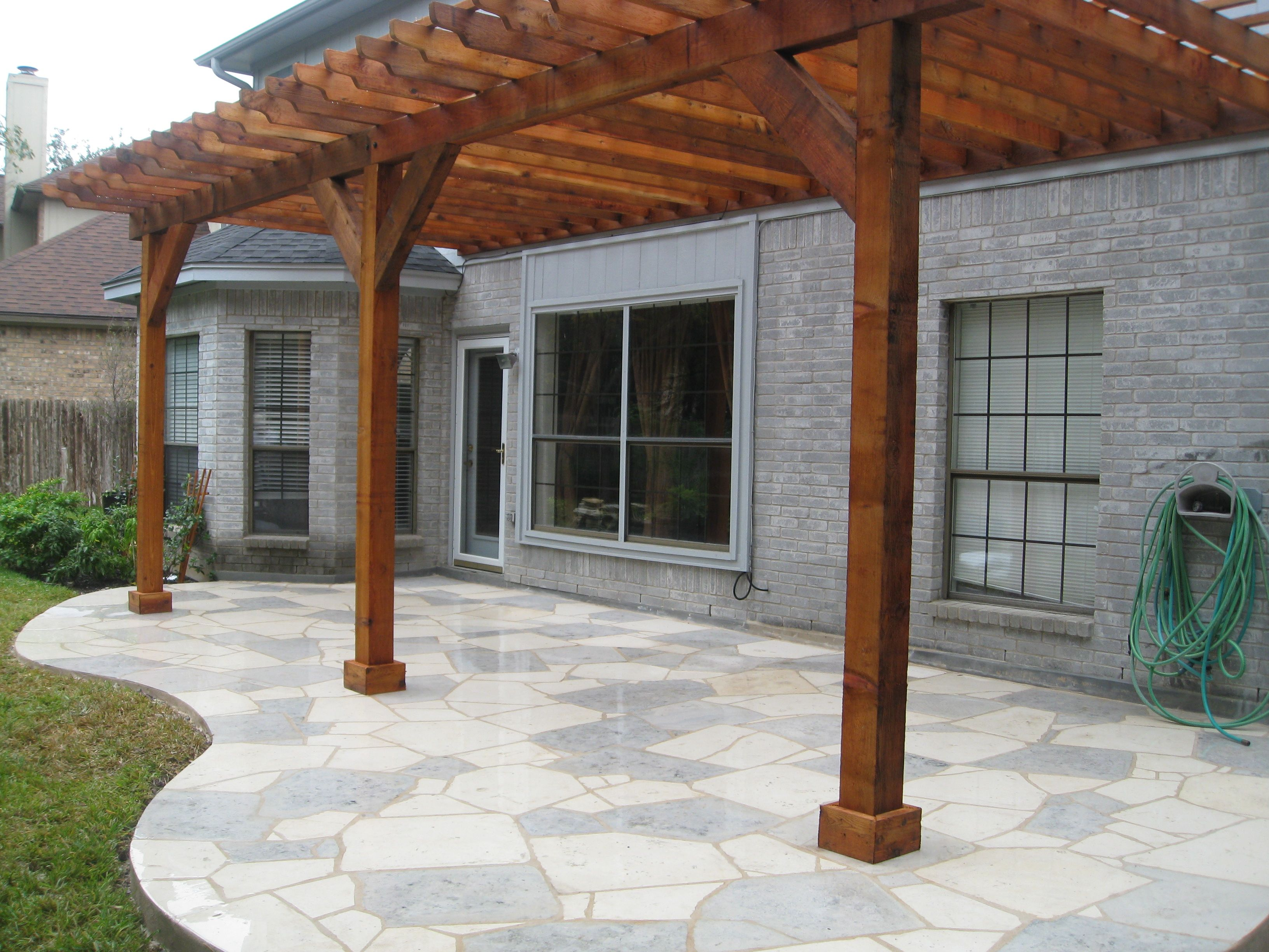 Superbe White And Blue Flagstone Patio Constructed By OLu0027 Yeller Landscaping, Round  Rock, TX.