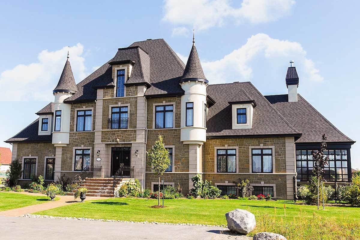 Plan 9025pd 4 Bed French Chateau House Plan Castle House Plans Castle House Modern House Plans