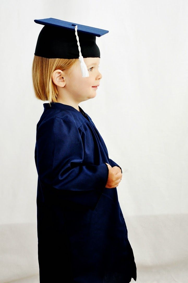 Baby Graduation cap and Gown ! What fun to celebrate with the whole ...