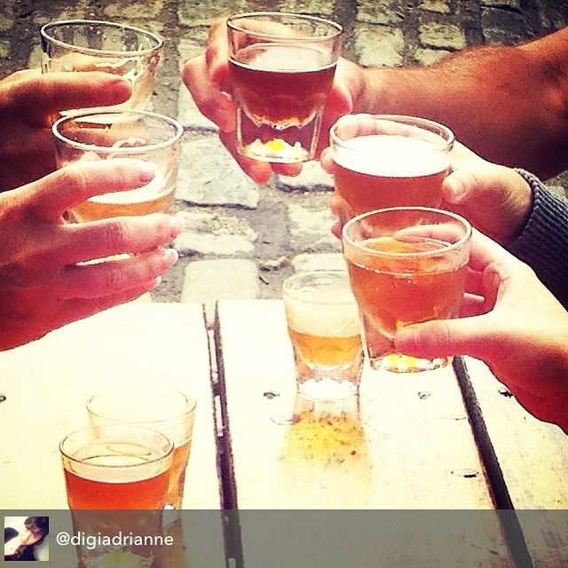 #Cheers to sampling #local #beer and #hardcider during #mainefoodietours culinary walking tour in #Portland #Maine - photo courtesy of  MFT guide @digiadrianne