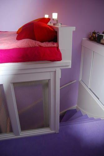 Logeerbed boven trapgat zolder briljant idee voor in arnhem in pinterest logeerbed - Idee outs kamer bad onder het dak ...