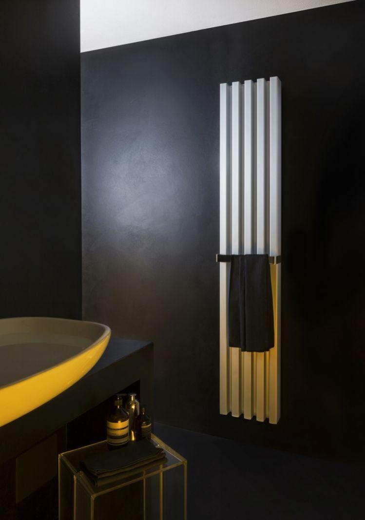das f r das badezimmer konzipierte soho modell ist als s ule in vertikaler ausf hrung in vier. Black Bedroom Furniture Sets. Home Design Ideas