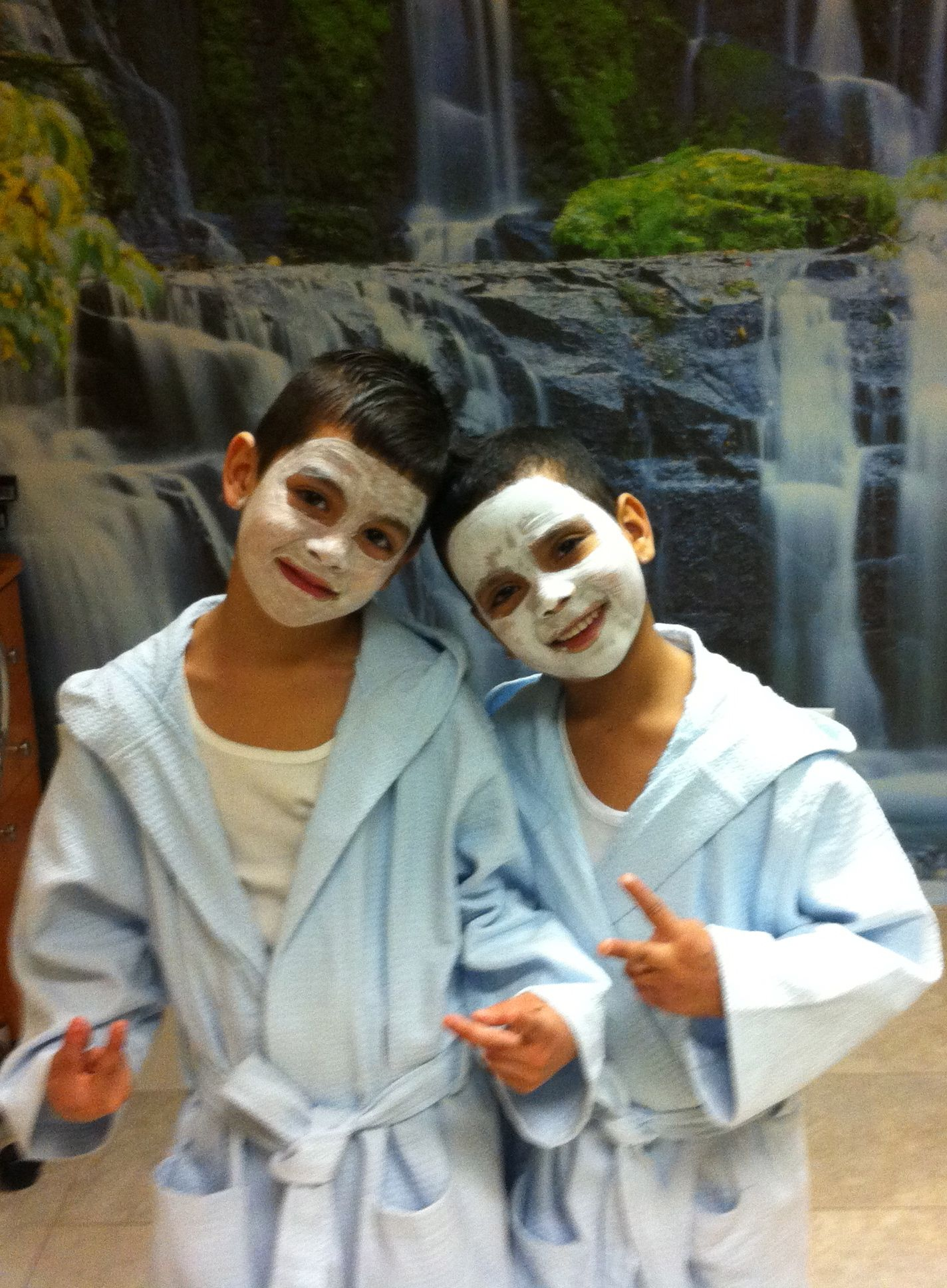 Boys like massages and facials Kids spa party, Kids spa