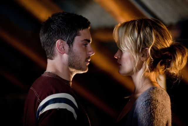 Movie Still From The Lucky One The Lucky One Movie The Lucky One Nicholas Sparks Movies