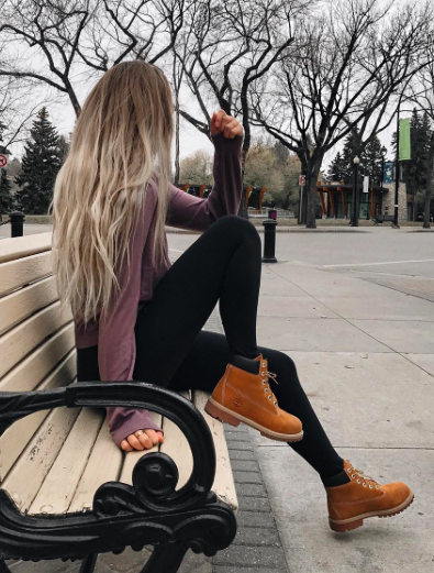 henleys + leggings + timberlands | Trajes de malla, Botas