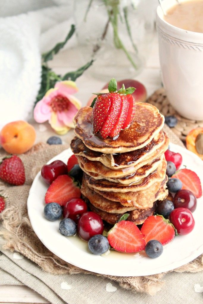 The best vegan & gluten free pancake recipe you'll ever try!