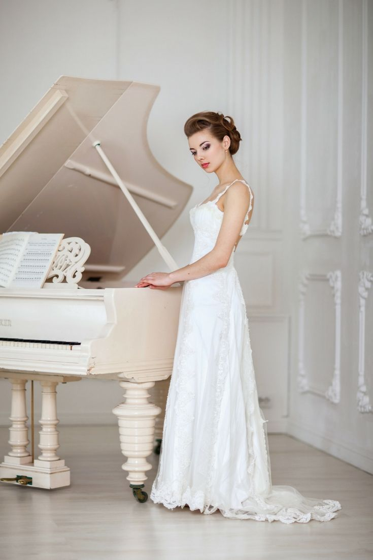 The top wedding dress collections looking for the latest bridal