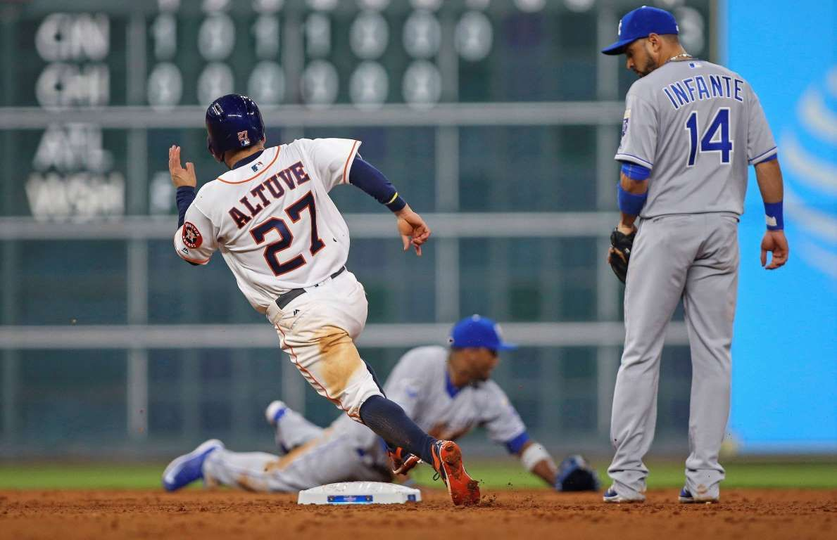 On His Horse Houston Astros Second Baseman Jose Altuve Rounds Second Base On A Play During The Sixth I With Images Baseball Award Usa Today Sports Baseball Photography