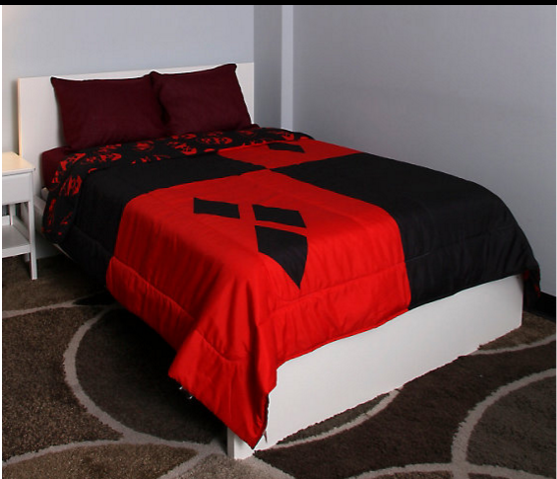 5 bed sets to geek out over geek decor home decor for for Harley quinn bedroom designs