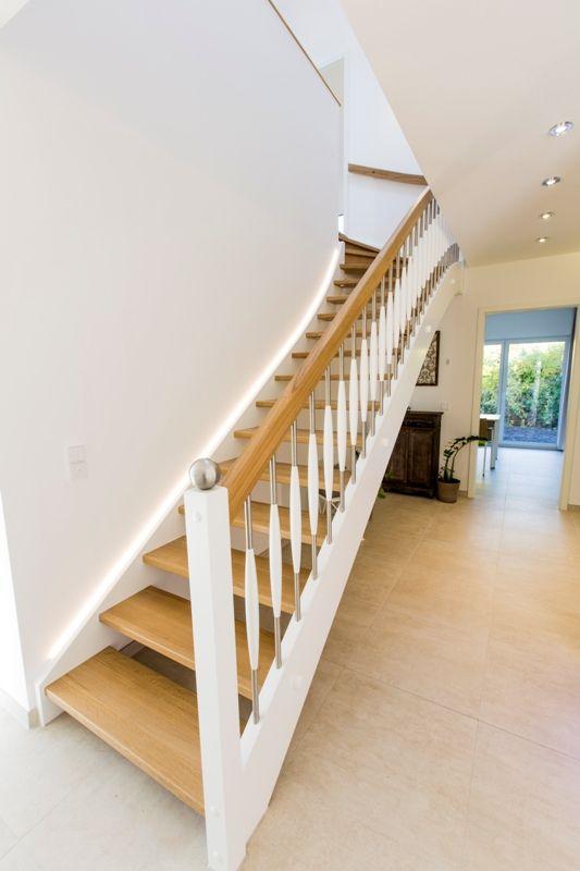 wohnideen flur mit treppe ostseesuche com. Black Bedroom Furniture Sets. Home Design Ideas