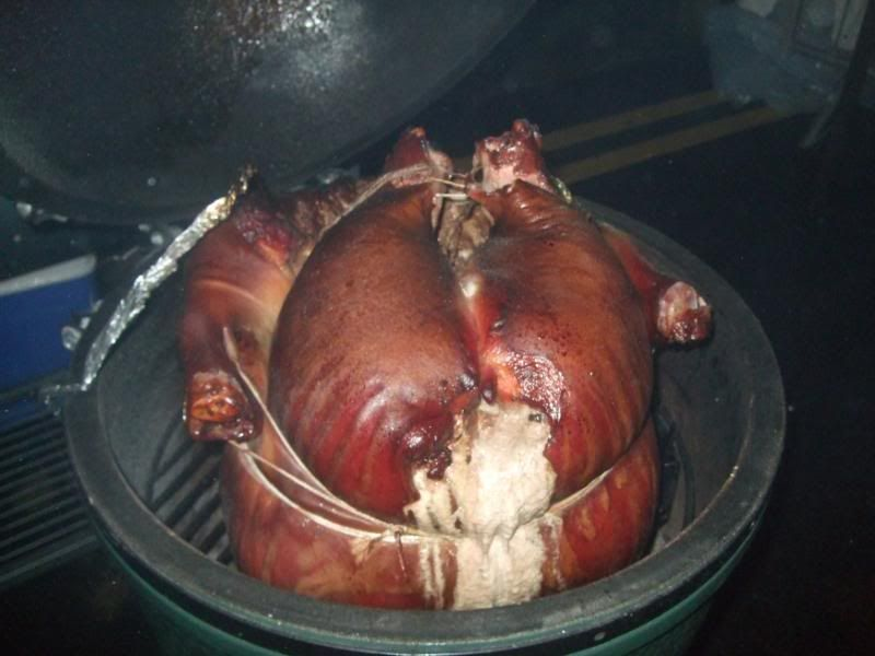 Whole pig on The Big Green Egg | BIG GREEN EGG | Pig roast, Green