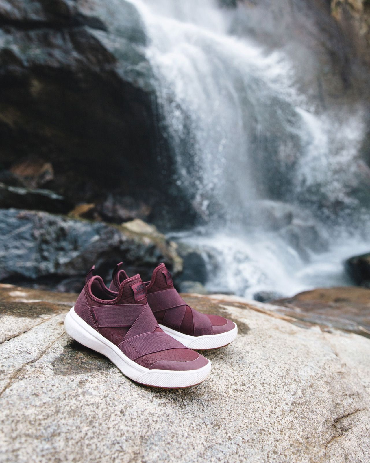 b08adf7af687 Chasing waterfalls in Panama with the UltraRange Gore.
