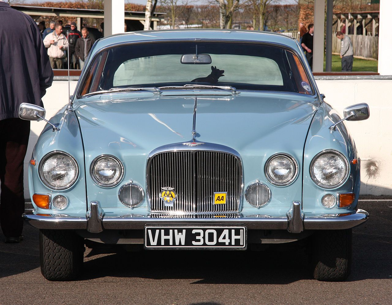 Jaguar 420G 1970 - front view. | Car front, Ferrari 458 ...