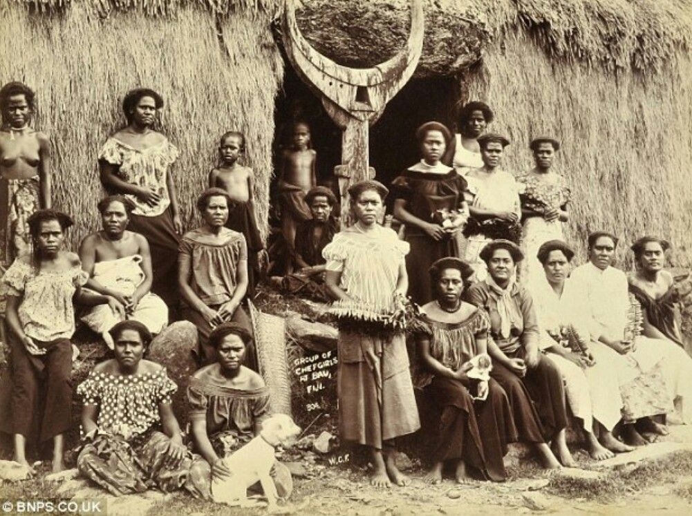 women in 1900s The jobs of women during the 1900's: while women today can aspire to nearly any profession, this was not always the case in the early 1900s, women were able to select from only a limited number of occupations.