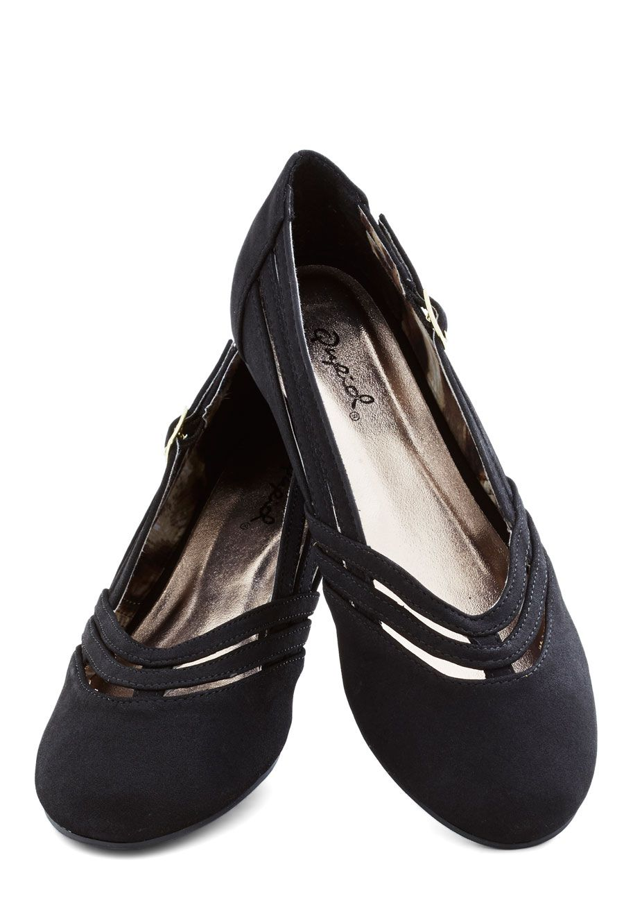 Chef Competition Flat in Licorice | Mod Retro Vintage Flats | ModCloth.com