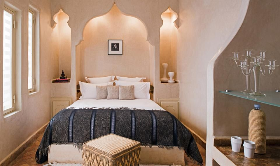 Chambre à coucher adulte – touche traditionnelle – Riad maroc | Deco ...