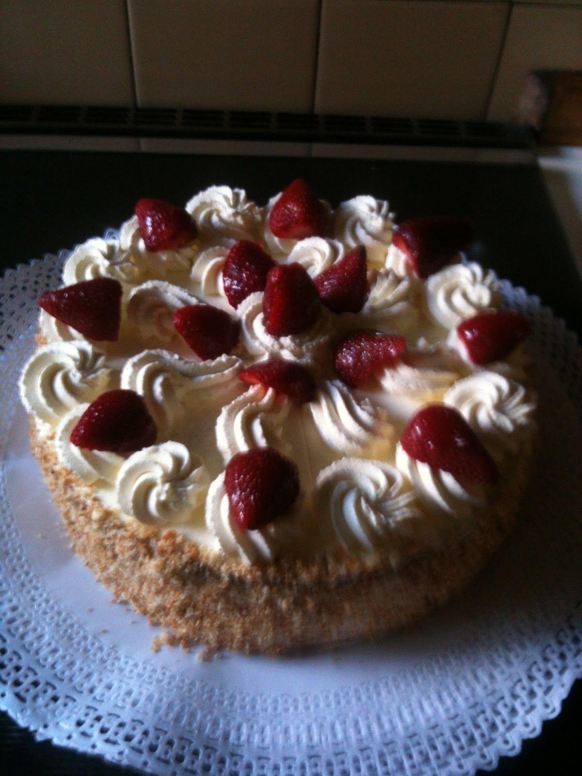 fotos+blog+477.JPG 1.200×1.600 pixeles Torta Crema Chantilly con Frutilla