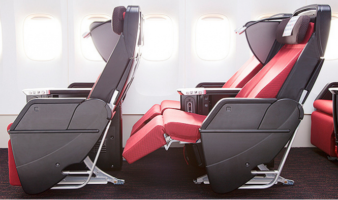 JAL Reveals New Seating Designs Economy seats, Seating