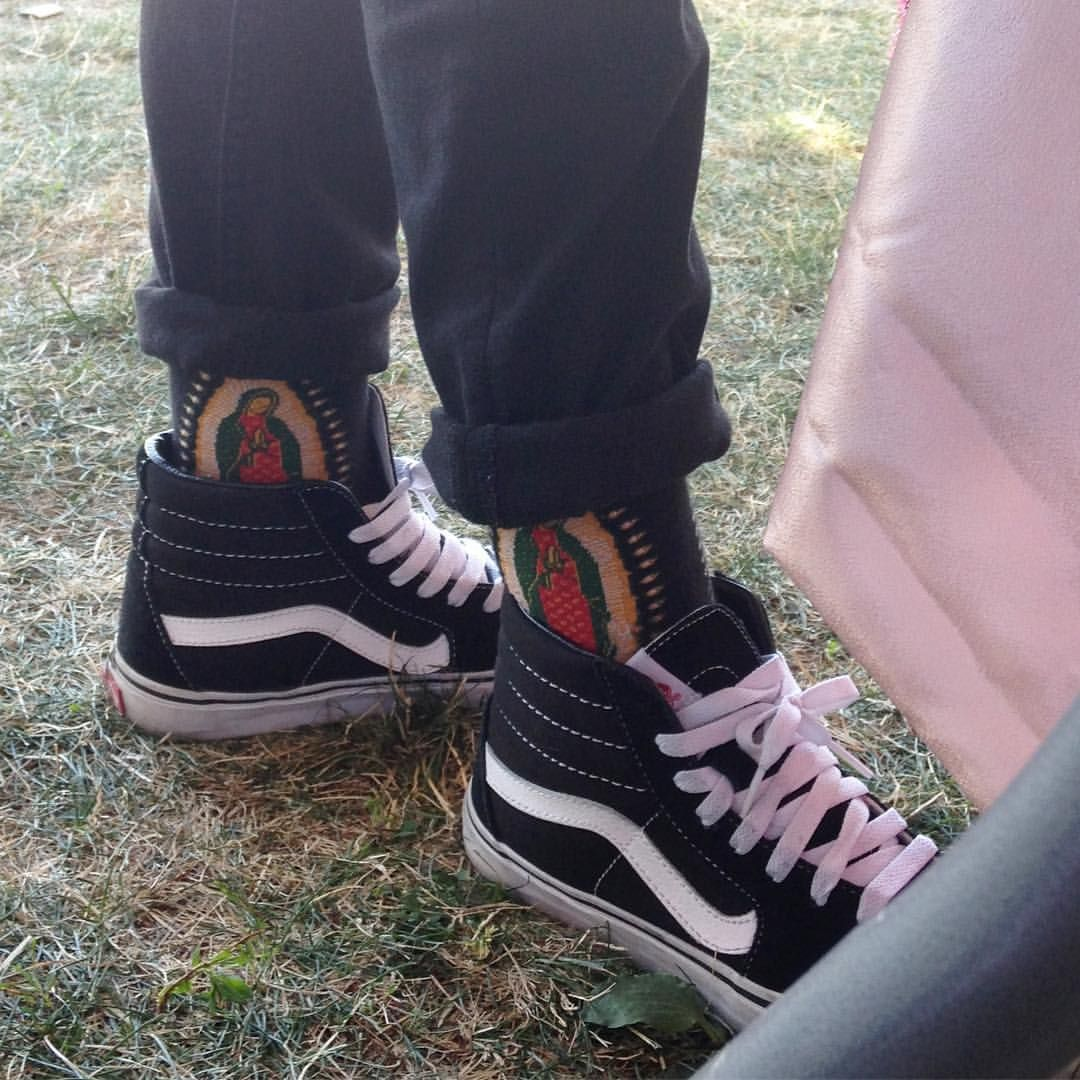 0f8e9219127 LVE ! Got my vans on but they look like sneakers Thanks ...