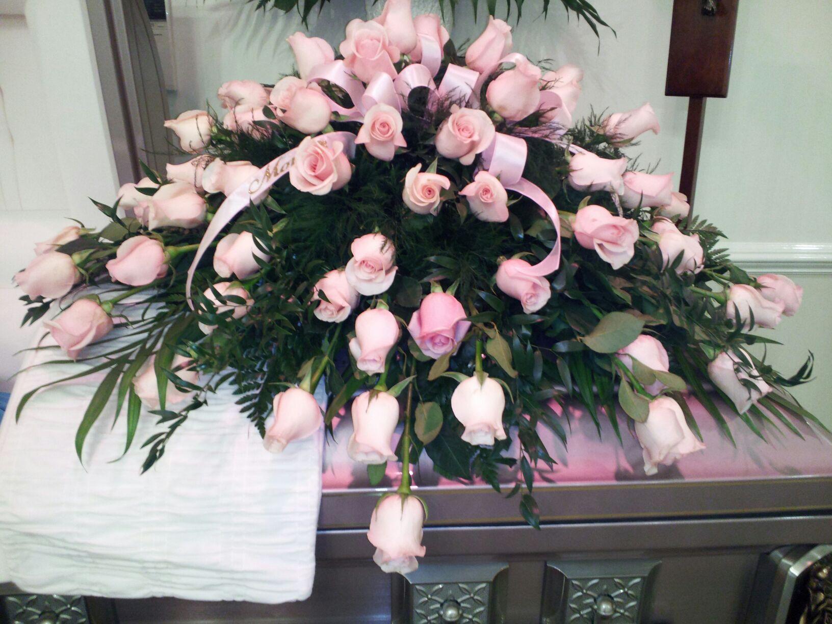 All Pink Rose Spray Casket Sprays Pinterest Pink Roses Sprays