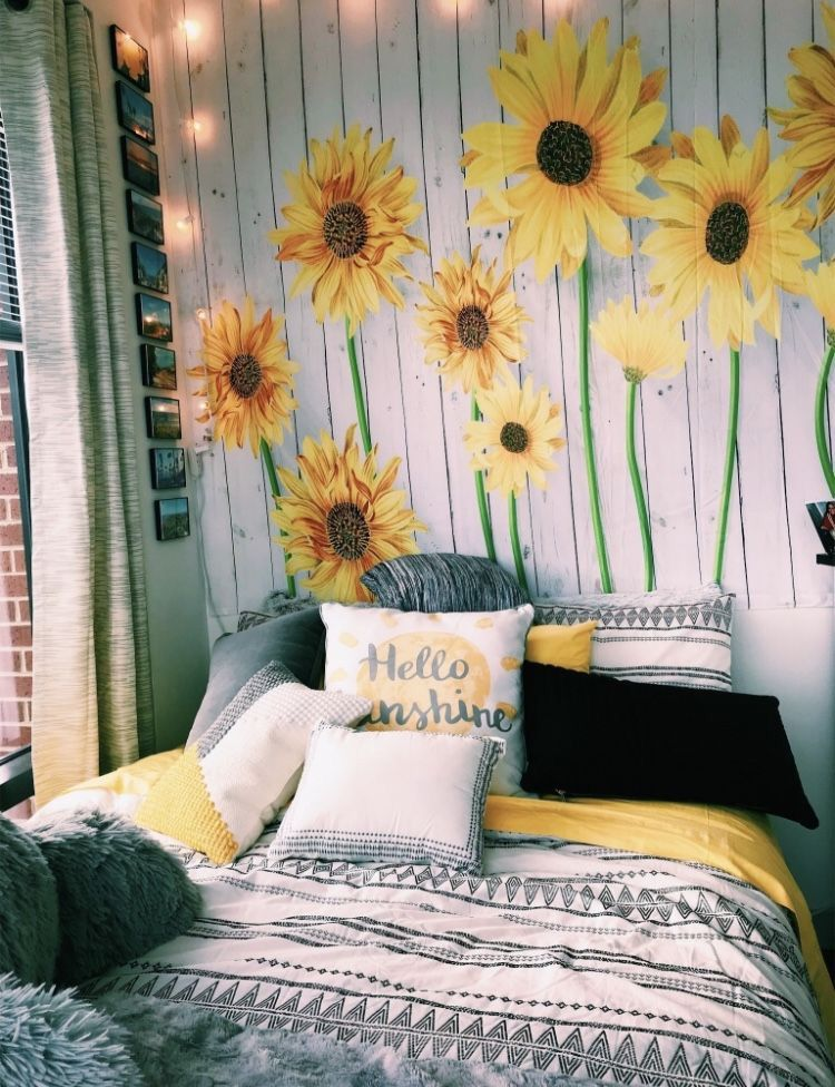 Hufflepuff Nature Bedroom Aesthetic Rooms Dream Rooms Sunflower Room